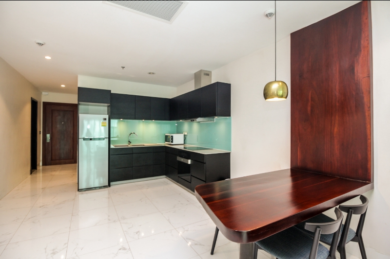 One bedroom serviced apartment for rent Riverside