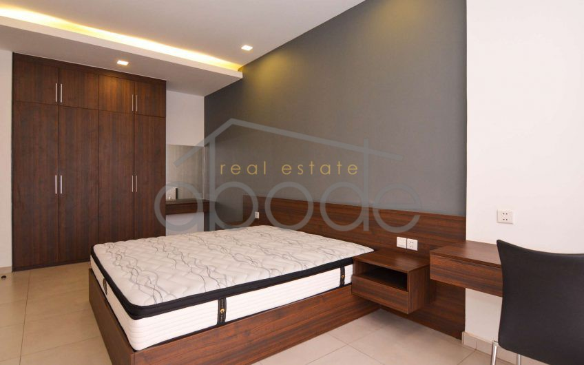 1-bedroom 5th floor serviced apartment for rent Toul Kork